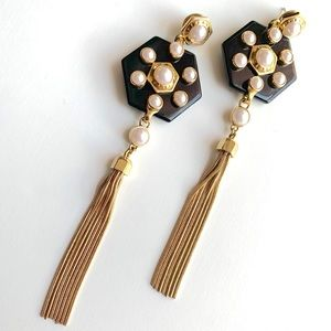 Henri Bendel Hex Pearl Linear Earrings